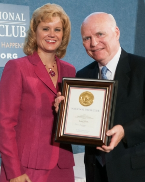 Brian Lamb of C-SPAN wins this year's President's Citation to honor his distinguished career in journalism at the National Press Club's 39th annual NPC Journalism Awards dinner, July 24, 2012.  NPC president Theresa Werner presented Mr. Lamb with his award.