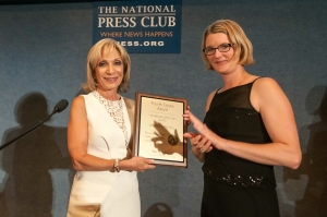 Andrea Mitchell, left, receives Fourth Estate Award from National Press Club President Angela Greiling Keane