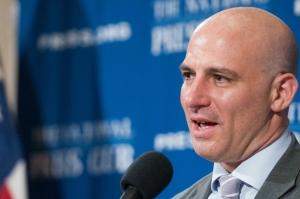 New York Times reporter Matthew Rosenberg, expelled from Afghanistan, speaks at a National Press Club Newsmaker