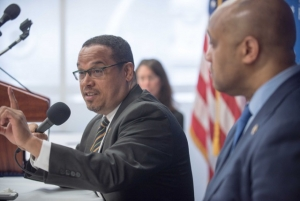 U.S. Reps. Keith Ellison (speaking) and André Carson discuss Islamophobia in the United States at a National Press Club Newsmaker news conference, May 24, 2016.  Alison Fitzgerald Kodjak, chair of the NPC Board of Governors moderated the event.