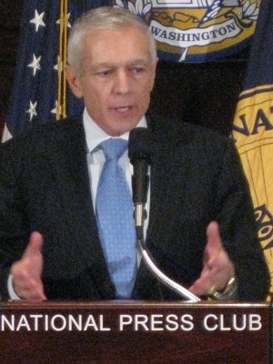 Wesley Clark calls for more ethanol in gas.