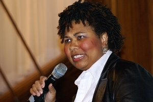 Jamila Bey performs at Commedia dell Media