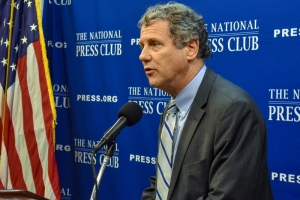 Sen. Sherrod Brown, D-Ohio, speaks at a National Press Club Headliners Newsmaker July 31.
