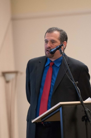 Brian Karem, a journalist who was once jailed for protecting a source, will moderate a National Press Club forum on June 1, where he will call for a federal shield law.