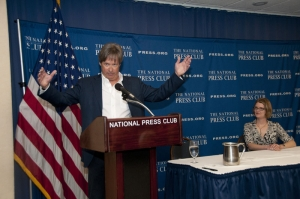 """I am not making this up."" Dave Barry regales a sold out audience at a Book and Author event Feb. 1 at the National Press Club as NPC President Angela Greiling Keane listens."