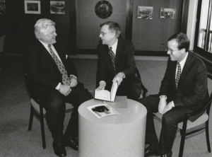 Sen. Ted Kennedy, D-Mass., relaxes with National Press Club President Gil Klein and Mark Johnson of the Media General News Service and a member of the Club's Speakers Committee, before Kennedy's Club Luncheon speech on Jan. 11, 1995.