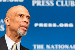 Basketball great Kareem Abdul-Jabbar called for better dialogue between people of different backgrounds  to ease racial tensions at an Oct. 17 National Press Club luncheon.