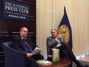 NPC President Myron Belkind (left)  interviewed Larry Weber, chairman and chief executive of Racepoint Global, during the Oct. 24 Communicators Summit at the National Press Club.