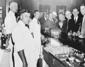 The National Press Club Taproom just after midnight on April 7, 1933 as the first beer was served at the end of Prohibition. — Photo National Press Club Archives