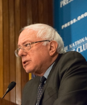 Sen. Bernie Sanders (I-VT) gives an impassioned speech to a National Press Club luncheon, March 9, 2015.