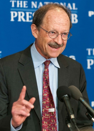 Dr. Harold Varmus, Nobel Laureate and director of the National Institutes of Health's National Cancer Institute