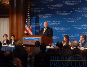 John W. Rowe, Chairman and CEO, Exelon Corporation, addresses a NPC Luncheon on May 15.Photo: Greg Tinius/Tinius-Arts