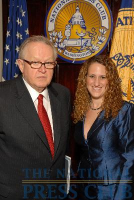 Martti Ahtisaari and NPC President Donna Leinwand.Photo: Greg Tinius