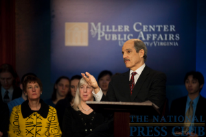 Moderator Paul Solman at the Miller Center Debate event held Feb. 26, 2010 at the National Press Club.Photo: Stephanie Gross