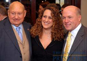 NPC President Donna Leinwand of USA Today greets Chick-fil-A Inc. Founder/Chairman Truett Cathy (left) and Chick-fil-A President/CEO Dan Cathy (right).Photo: Gregory Tinius