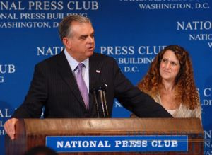 Treasury Secretary Ray LaHood answers questions from the audience at the National Press Club Luncheon, May 21, 2009 with NPC President Donna Leinwand.Photo: Greg Tinius/Tinius-Arts