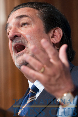 """Ted Leonsis, owner of the Washington Capitals speaks at a National Press Club Luncheon, May 21, 2010. Mr. Leonsis described his """"reckoning"""" moment when he found himself on the wrong..."""
