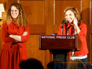 Author Elizabeth Edwards took questions from a nearly full house during a National Press Club book event on May 21, 2009.Photo: Kyle McKinnon