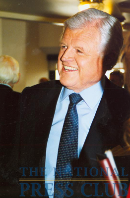 Senator Kennedy at a January 21, 2003 NPC Luncheon.Photo: Laura FalacienskiDate: January 21, 2003