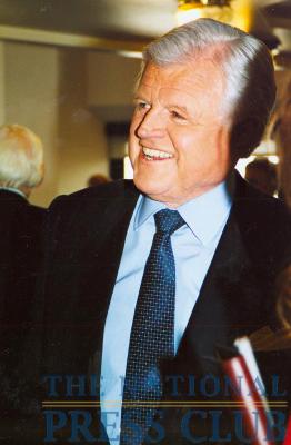 Senator Kennedy at a January 21, 2003 NPC Luncheon.Photo: Laura FalacienskiDate: January 21, 2003