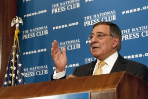 Secretary Panetta makes a point at a Club luncheon.