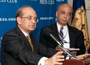 Rajat M. Nag speaks to a Newsmaker press conference as host and organizer Tejinder Singh looks on.