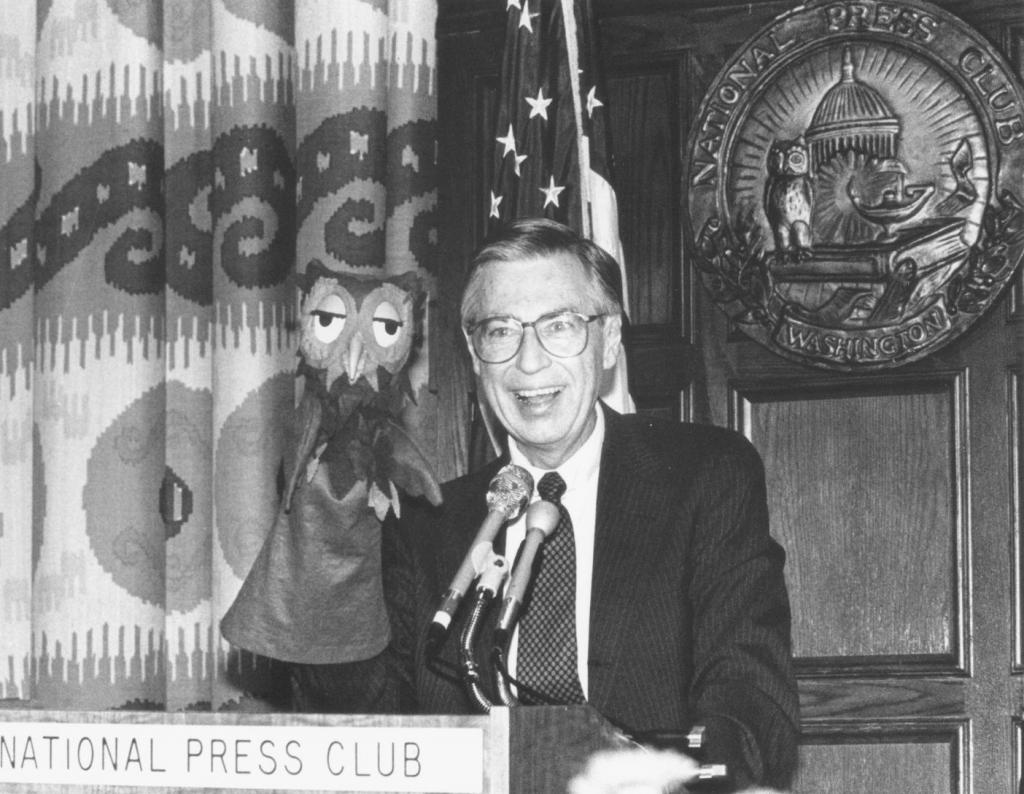 Club History Mr Rogers In The Npc Neighborhood National Press Club